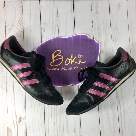 online store e15b5 8f0c3 adidas Shoes - Women s Adidas Size 9 Black and Pink Low Art